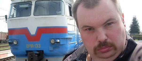 Украинецът, който си пада по влакчета (СНИМКИ)