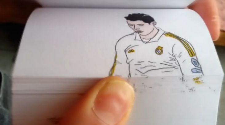 Флип Буук: Талант нарисува Роналдо и Роналдиньо в действие (ВИДЕО)