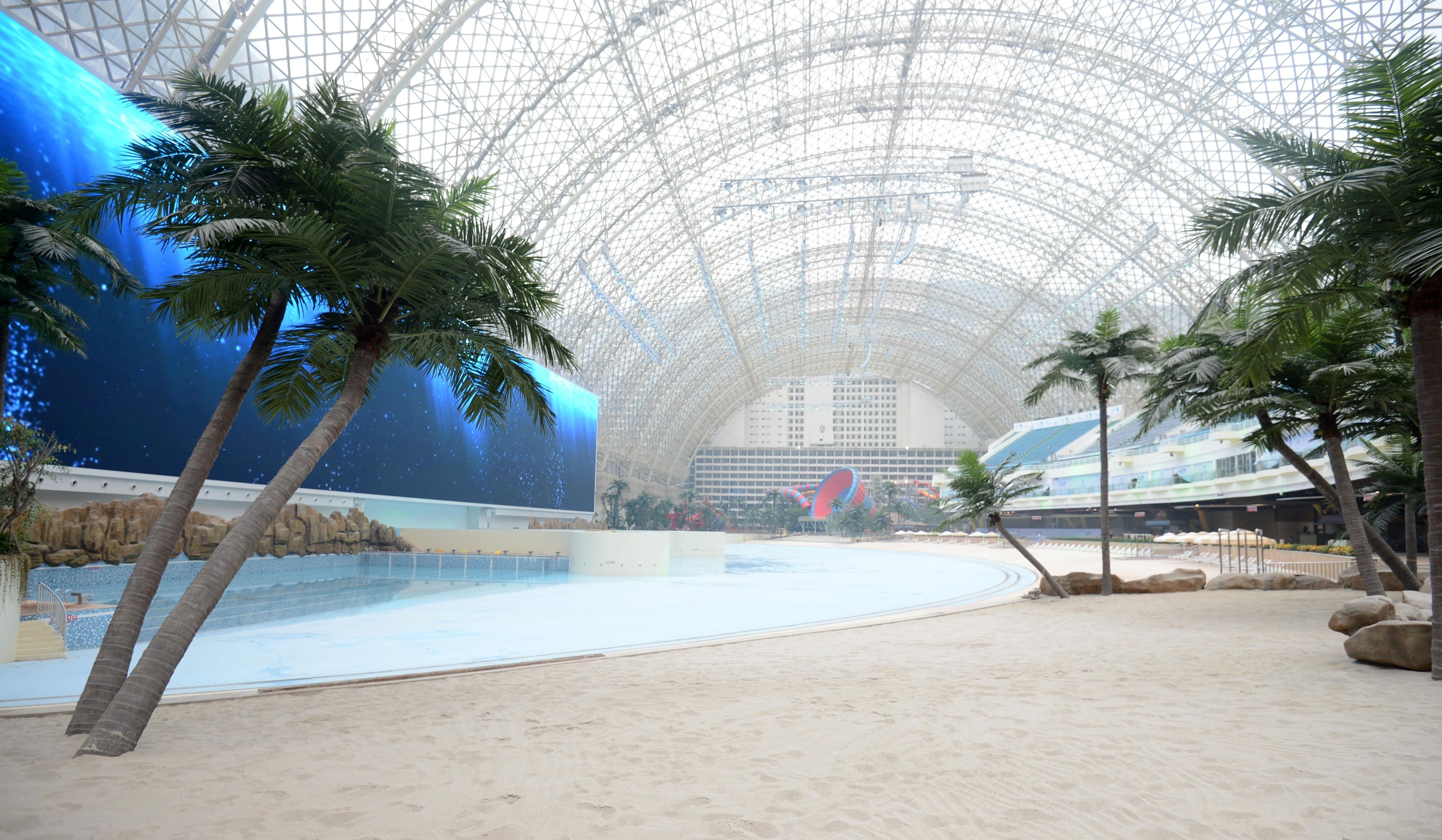 Ваканционен център със собствено море и Слънце