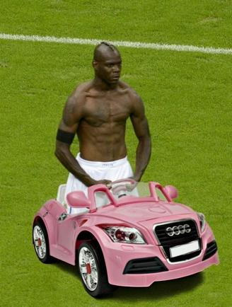 balotelli-meme-riding-a-car-655x889