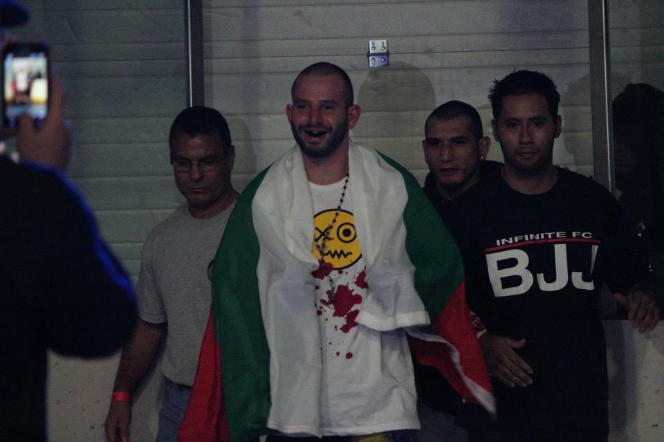 ММА боецът Евгени Меченов пред brato.bg – за спорта и живота в САЩ