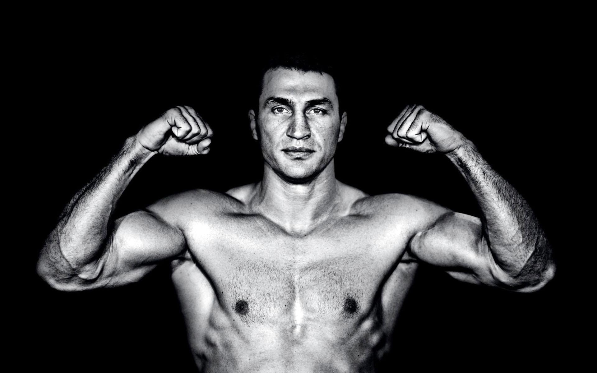 Мая Манолова – претендент за титлата на Кличко