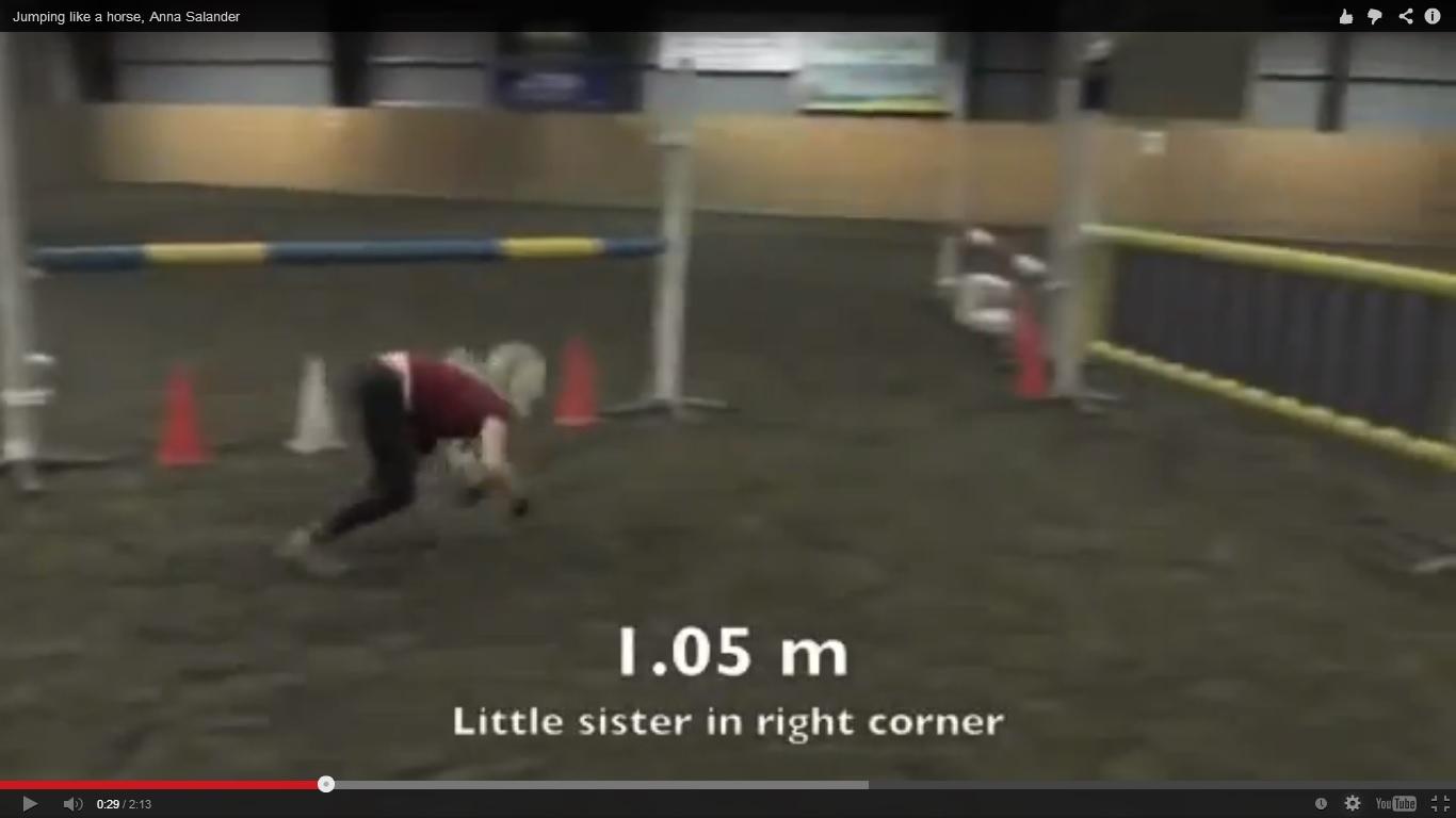 Тя е Анна и обича да скача като кон (ВИДЕО)