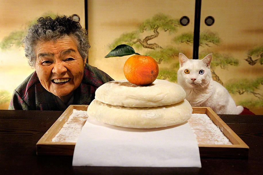 Баба Мисао и котката й, която има две различни очи (УНИКАЛНИ СНИМКИ)