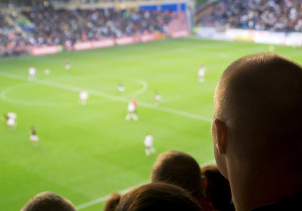 Мачовете по телевизията днес: Челси – Арсенал, Левски – Ботев