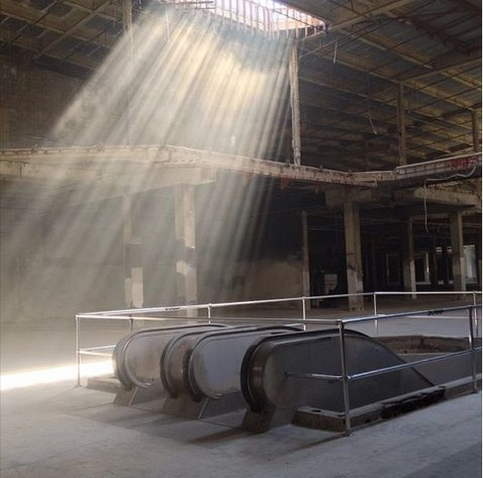 abandoned_malls_13