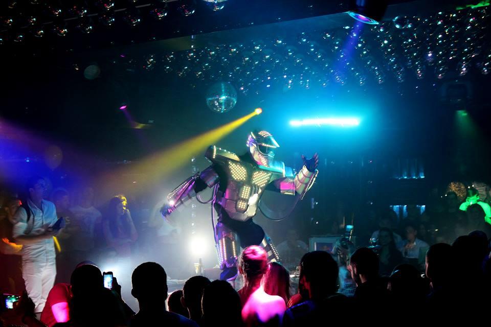 Волт – новият парти-идол на България (ВИДЕО)