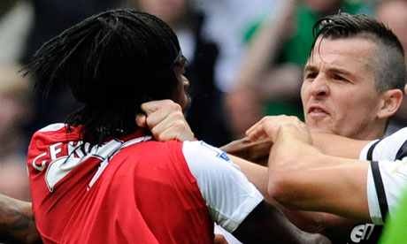 Joey-Barton-scuffles-with-007