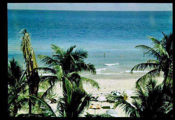 Пътуване във времето: На плаж в Маями през 30-те