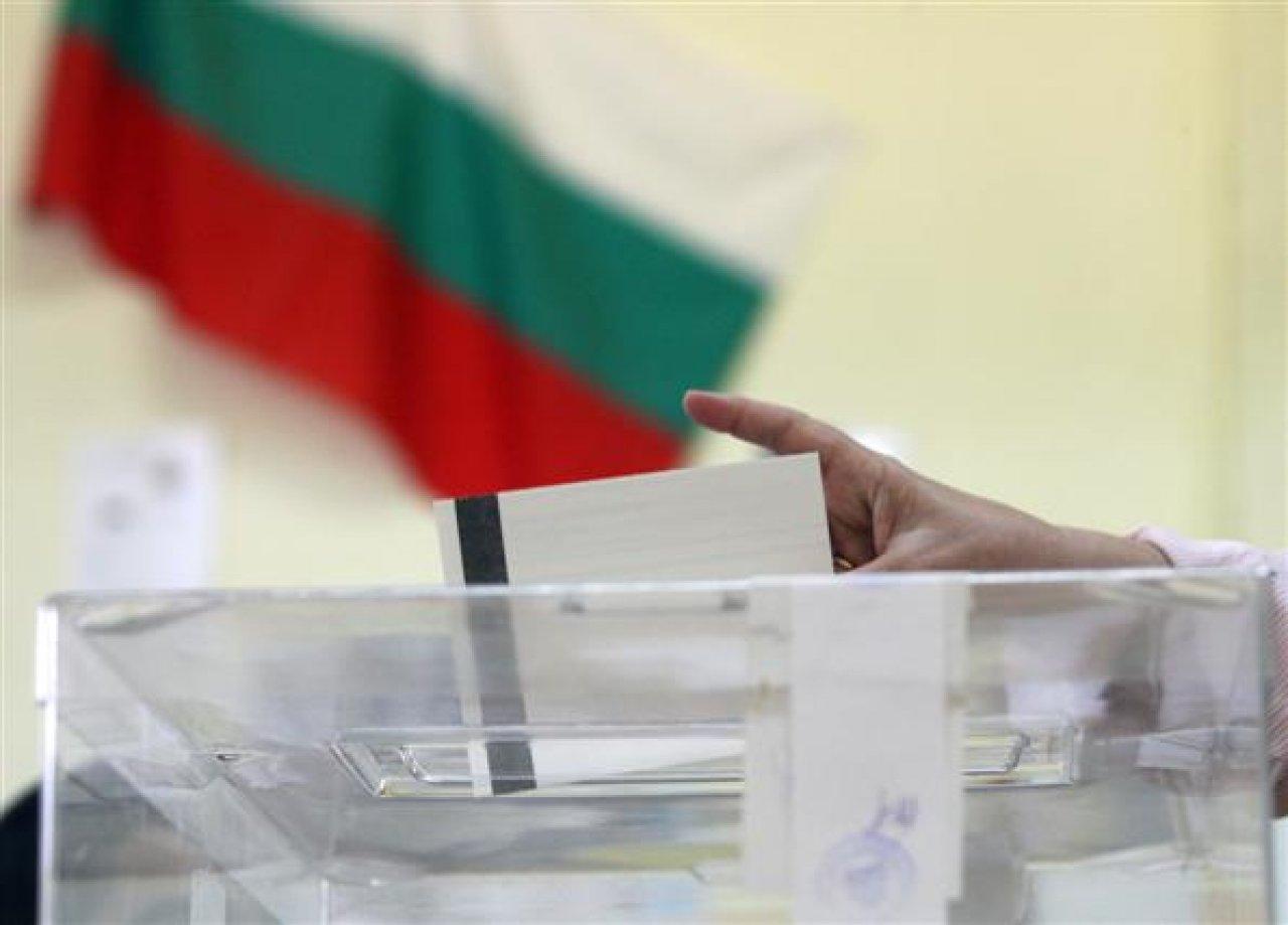 Моци, тесни и други невалидни бюлетини от изборите