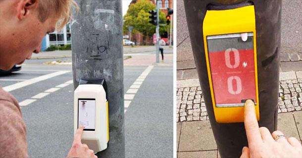 """Пешеходците в Германия играят в мрежа, докато чакат да светне """"зелено"""" (ВИДЕО)"""