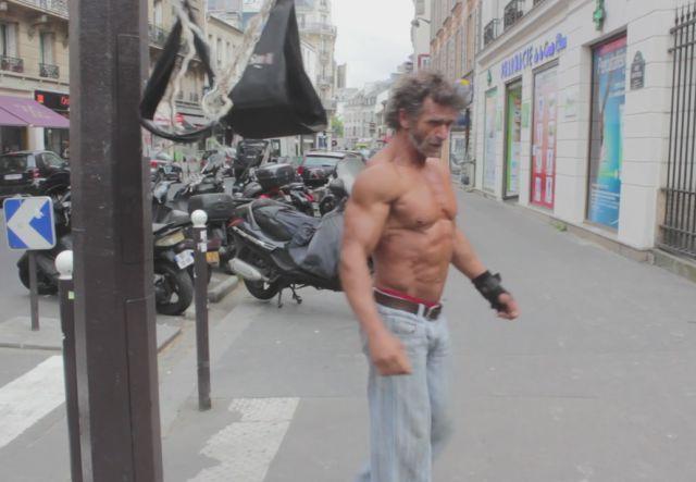 Жак Сая – 50-годишният бездомник с тяло на културист (ВИДЕО)