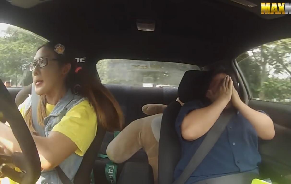 Автомобилна състезателка плаши инструктори до смърт (СКРИТА КАМЕРА)