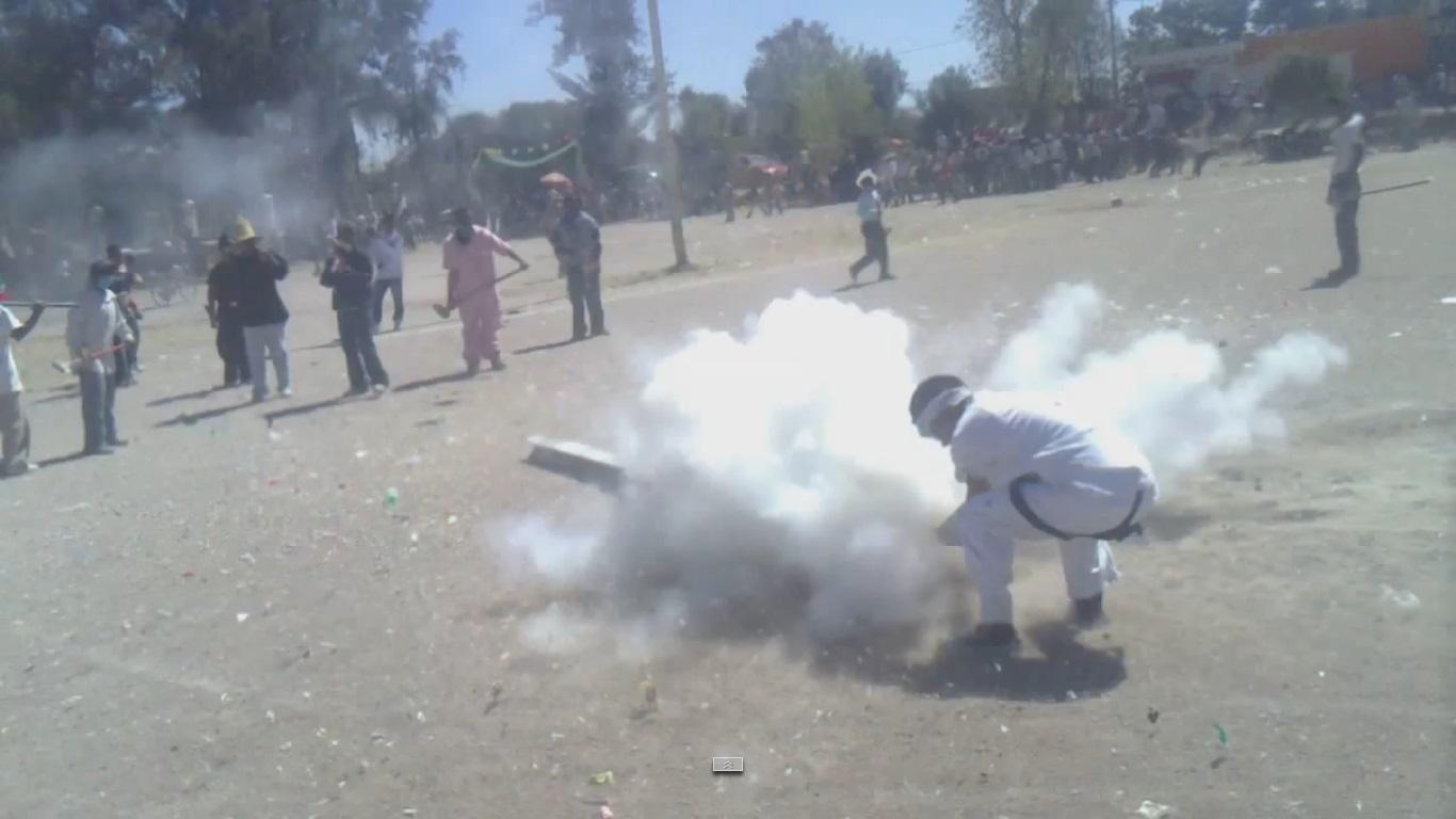 Фестивалът на самоделните бомби взривява Мексико веднъж годишно