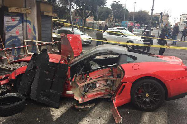 valet-destroys-ferrari-and-may-be-having-a-worse-day-than-you-4-photos-1