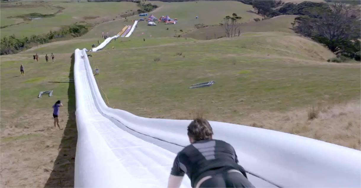 Най-дългата водна пързалка в света е дълга над половин километър (ВИДЕО)
