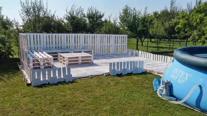beautiful_backyard_lounge_10