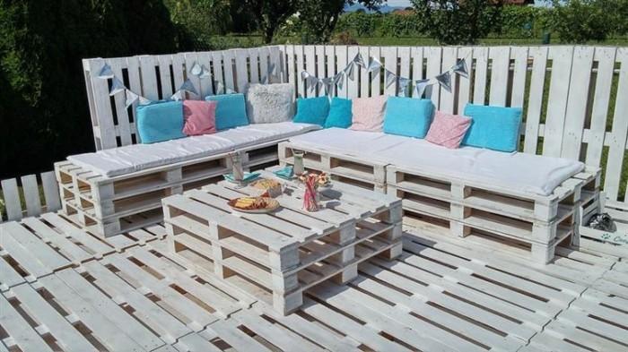 beautiful_backyard_lounge_11