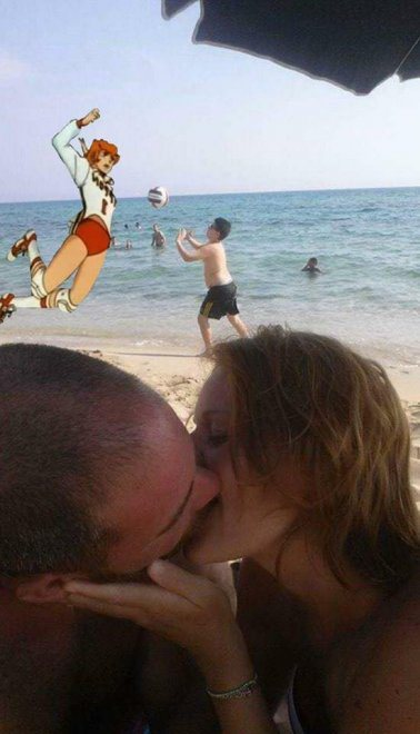 couple-asks-internet-photoshop-vacation-photo-2