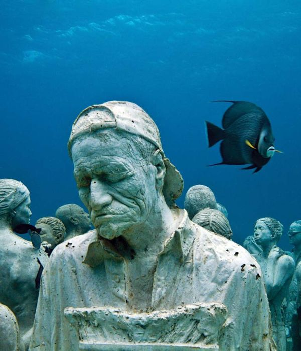 monumental_underwater_museum_01