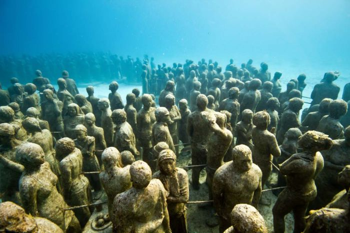 monumental_underwater_museum_05