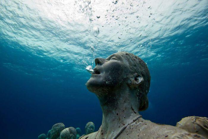 monumental_underwater_museum_12