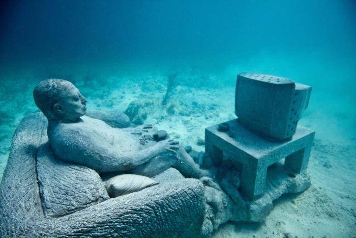 monumental_underwater_museum_19