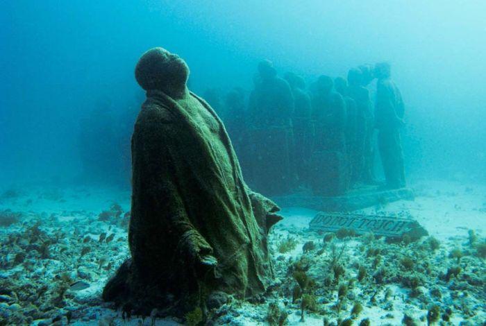 monumental_underwater_museum_20