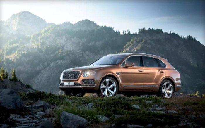 Първото Bentley за офроуд впечатли и английската кралица