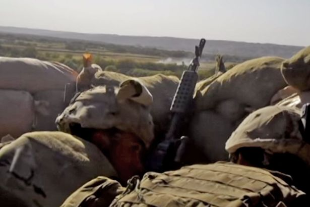 Войници пеят песен на Джей Ло, докато ги обстрелват талибани (ВИДЕО)