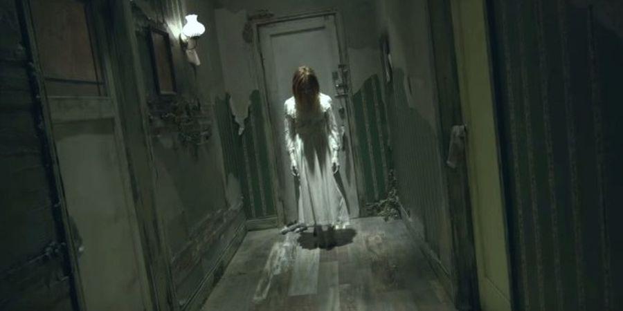 """Най-извратеният хорър – призрак задоволява до смърт своите жертви """"на ръчна"""" (ВИДЕО)"""