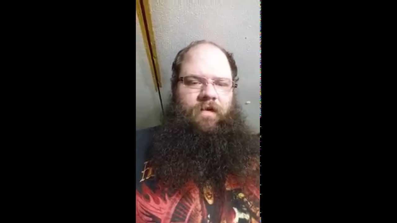 Какво се крие под дългата брада? (ВИДЕО)
