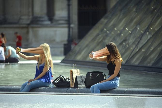 Телефоните крадат нашите души (ФОТОПРОЕКТ)