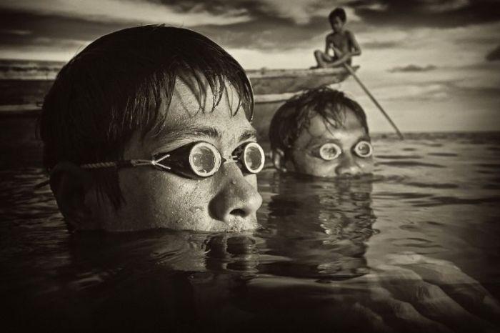 """Племето """"Баджо"""" или кои всъщност са морските цигани (СНИМКИ)"""