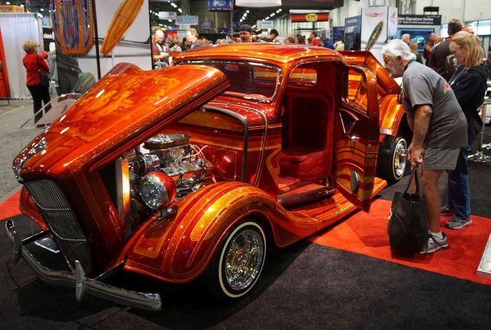 Най-лудите коли от SEMA (СНИМКИ)