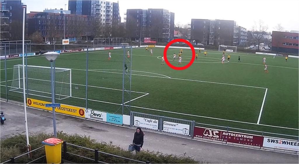 Бледа юношка вкара гол още в 3-ата секунда (ВИДЕО)