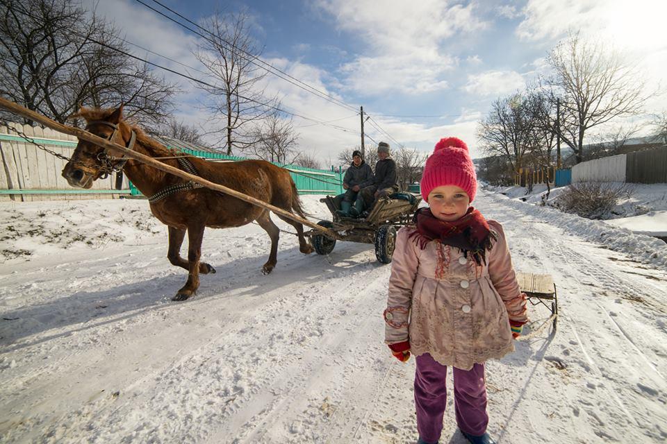 Фотограф показа чарът на румънската сиромашия (СНИМКИ)