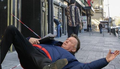 Ван Гаал пред БИАД и още колажи от симулацията на холандеца
