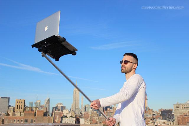Създадоха селфи стик за MacBook