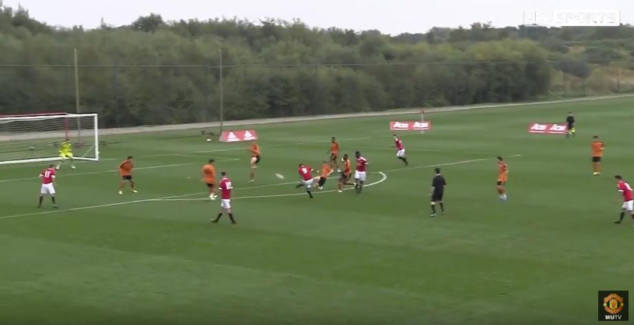 Виж как Ръшфорд проби до първия отбор на Юнайтед (ВИДЕО)