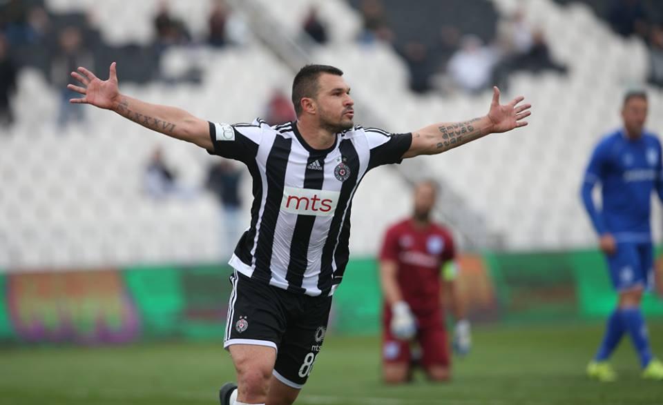 Божинов с 2 гола в Сърбия, поздравяваме го с песен