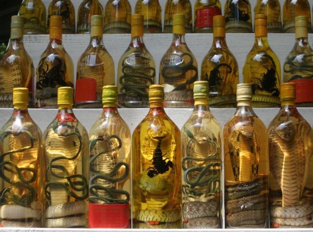 Три-пенисов алкохол и други пиячки, които едва ли си пробвал