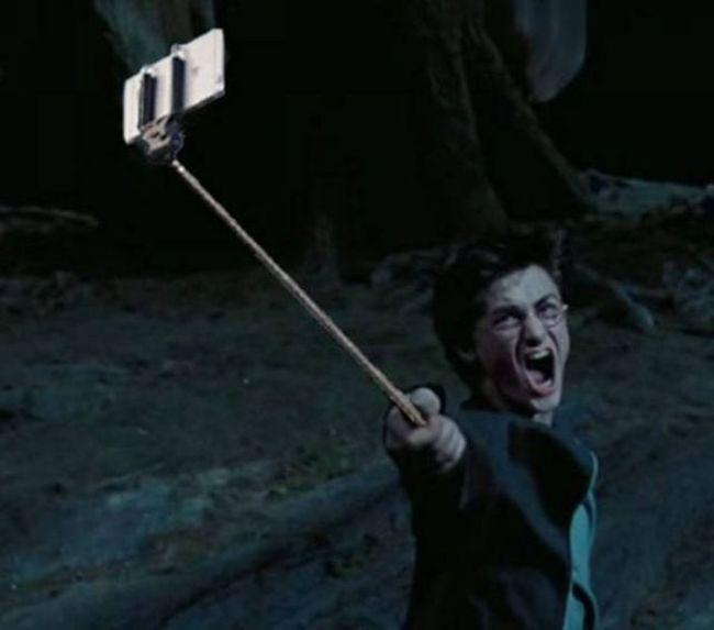 selfie_sticks_03
