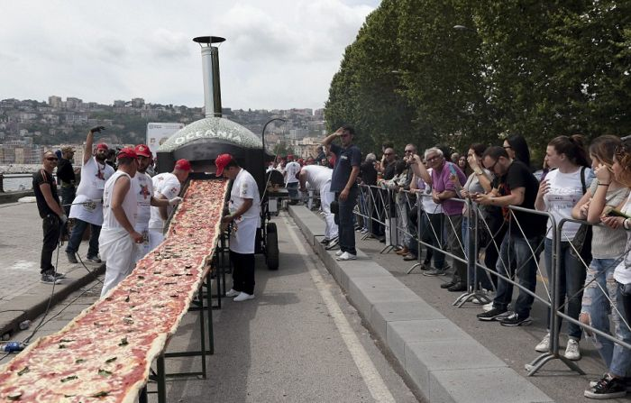 world_longest_pizza_03