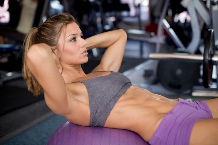 5 причини да излизаш с момиче от залата за фитнес