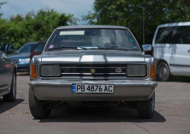 Най-яката БГ обява: Продава се Форд Таунус 1974