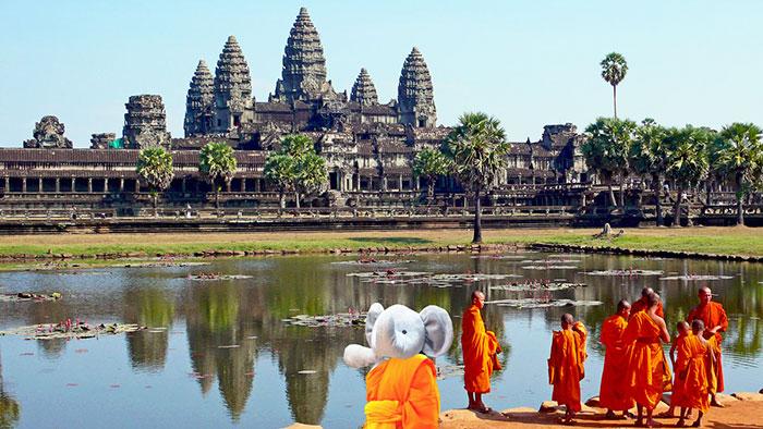 lost-toy-travel-world-photoshop-battle-14-577a2d94c3213__700