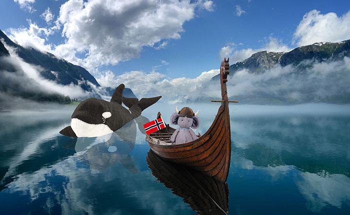 lost-toy-travel-world-photoshop-battle-30-577a413e054c6__700