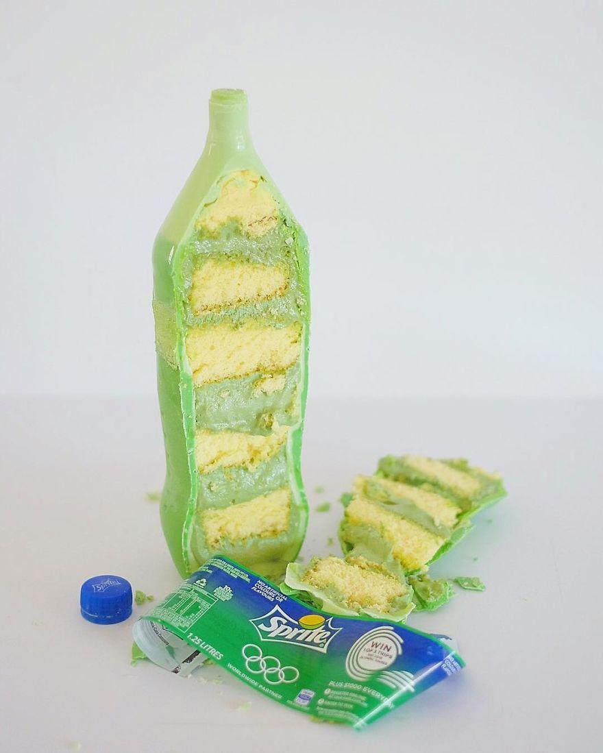 Girl-from-Australia-makes-Soda-Cake-57b572815505d__880