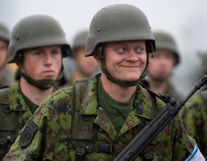 Всеки втори естонски войник пие на умиране